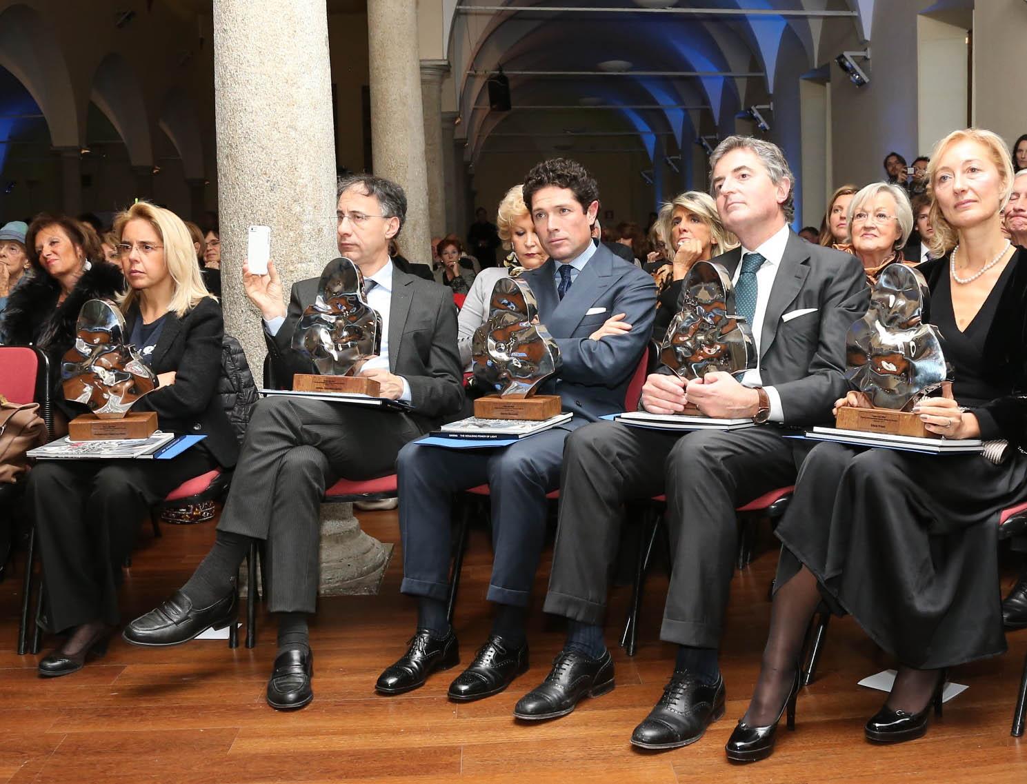 Premio_Inno_alla_Vita_2-12-_13_-_Mariavittoria_Rava__Paolo_Petralia__Matteo_Marzotto__Francesco_Montorsi__Silvia_Priori